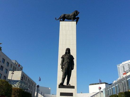 General Millan Rastislav Stefanik Statue