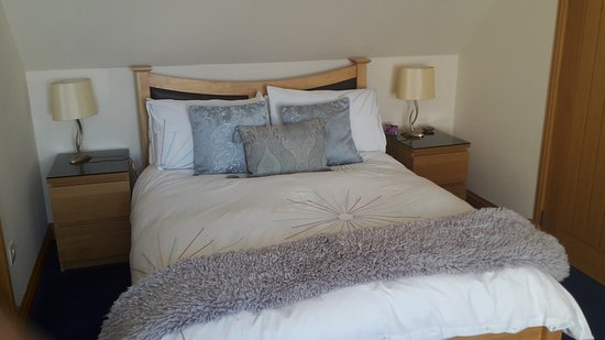 Craigrossie B&B: Beautifully appointed bedroom