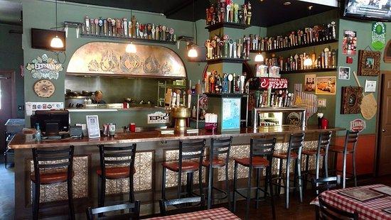 Warren, RI: Lots of Craft Beers