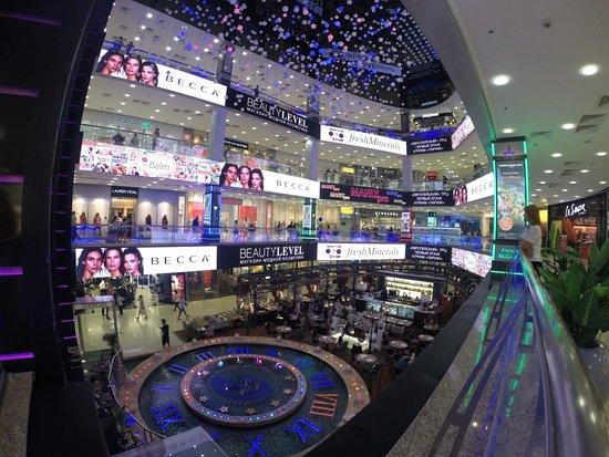 Mall Yevropeyskiy