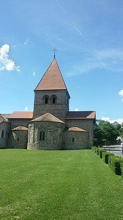 Saint Sulpice, Szwajcaria: 20160806_150405_Richtone(HDR)_large.jpg