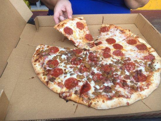 Three Brothers From Italy Pizza Panama City Beach Restaurant Reviews Phone Number Photos Tripadvisor