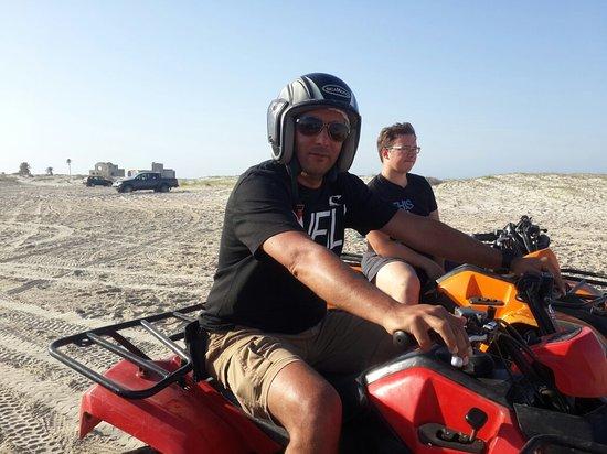 ميدون, تونس: Quad Evasion et Passion