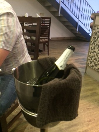 Eduardo's: Bottle of bubbly to wash it all down!