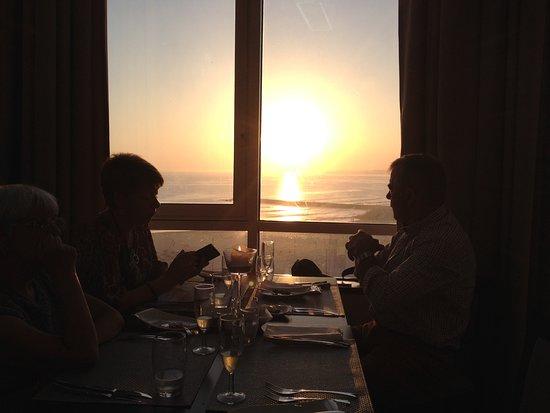 Restaurante Horizonte : Pôr do sol