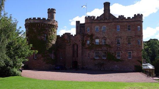Dalhousie Castle: photo4.jpg