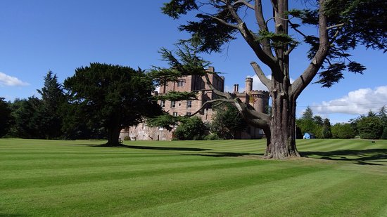 Dalhousie Castle: photo6.jpg