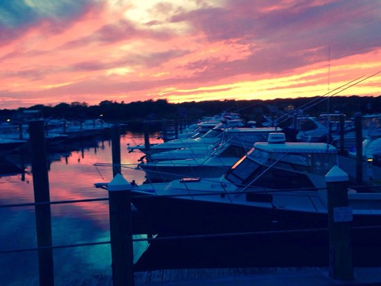 West Dennis, MA: Another beautiful sunset at the Summer Shanty