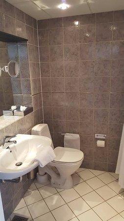 Lækkert badeværelse - Picture of Britannia Hotel, Esbjerg - TripAdvisor
