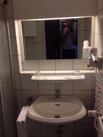 Photo of Hotel Waldkur Leer