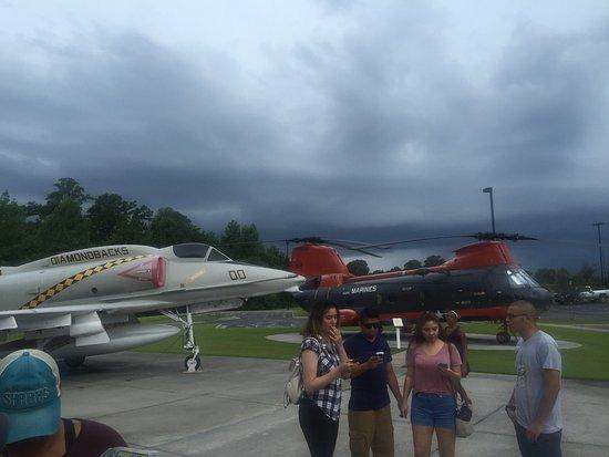 แฮฟล็อค, นอร์ทแคโรไลนา: Lots of History. All airplane displays are pretty cool... I would recommend a quick visit.