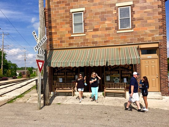 J. Lauber's Ice Cream Parlor in East Troy, Wisconsin!