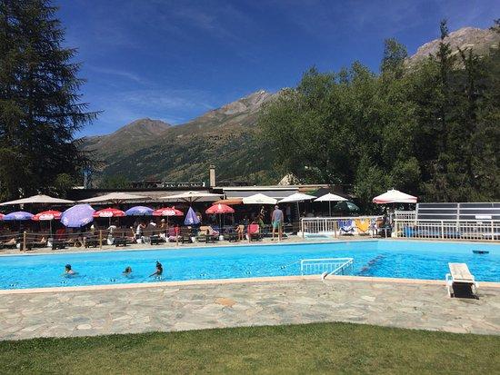 La piscine picture of le chazelay la salle les alpes for La piscine review