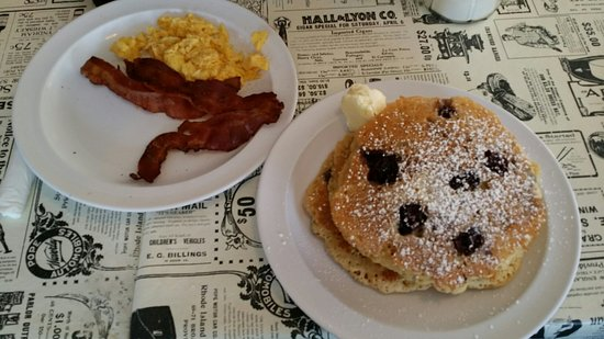 Little House of Pancakes: 20160806_105522_large.jpg
