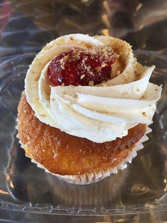 Westland, MI: Strawberry cheesecake
