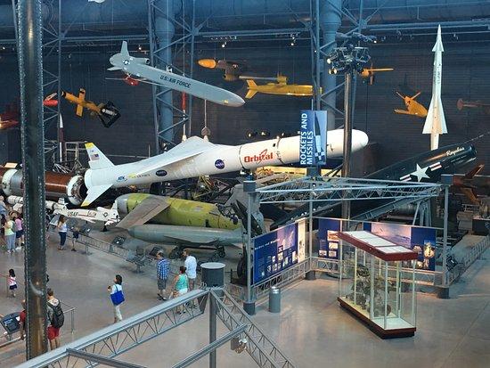 Chantilly, VA: Aerospace Museum Dulles