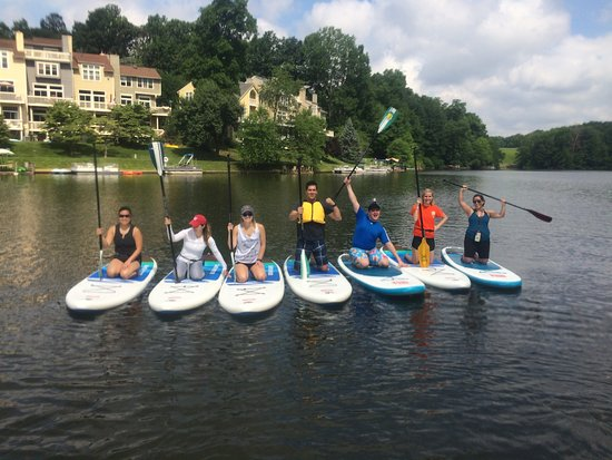 Reston, Βιρτζίνια: Enjoy paddleboarding near Washington DC