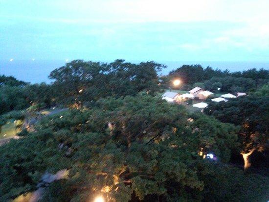 ذا شيلا جيجو: 韓国の高級リゾートホテル 夏がおすすめ