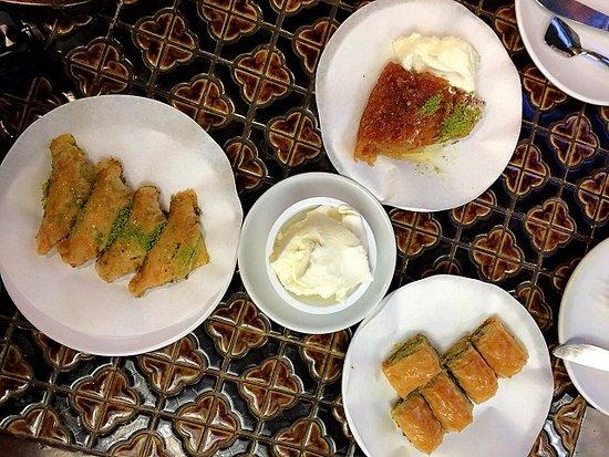 Karakoy Gulluoglu, Istanbul , Karaköy , Restaurant Avis, Numéro de  Téléphone \u0026 Photos , TripAdvisor