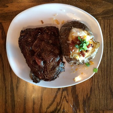 Outback Steakhouse: Excellent ribeye!