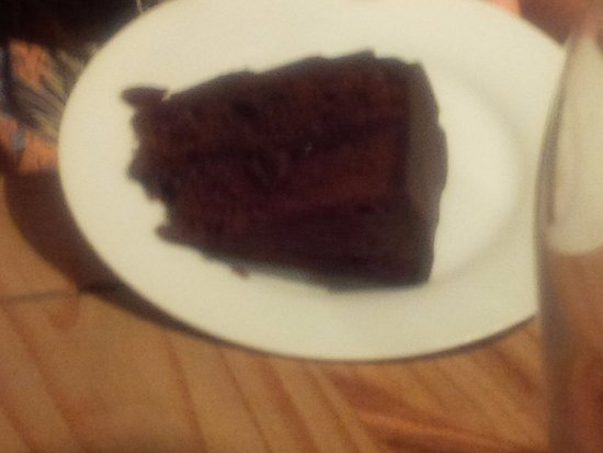Rustington, UK: yummy chocolate cake