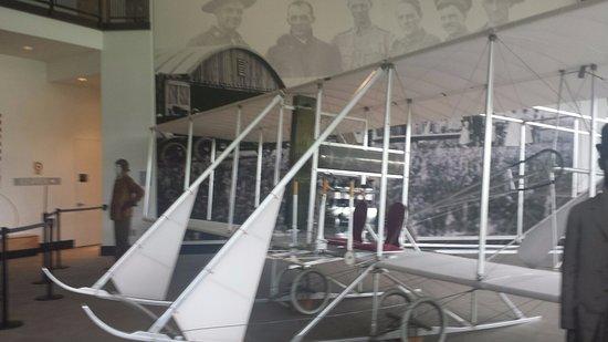 Κόλετζ Παρκ, Μέριλαντ: Inside big hall, replica of a later two-seated flyer.