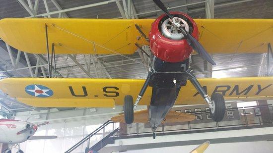 Κόλετζ Παρκ, Μέριλαντ: Later model military flyer.
