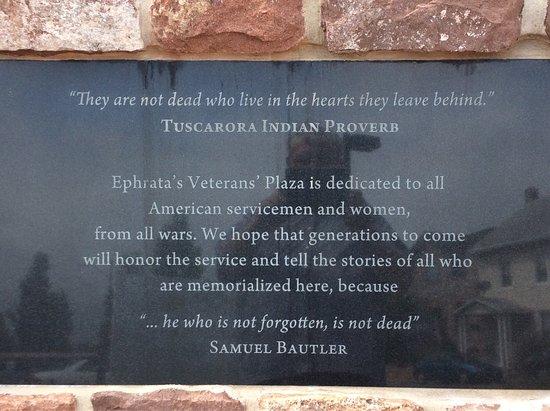 เอฟราตา, เพนซิลเวเนีย: Winters Leadership Memorial at Veterans' Plaza