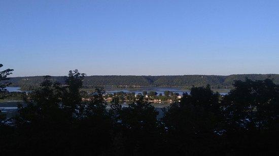 Eagle View Motel