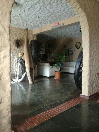Hostal El Ancla: IMG_20160806_103847_large.jpg
