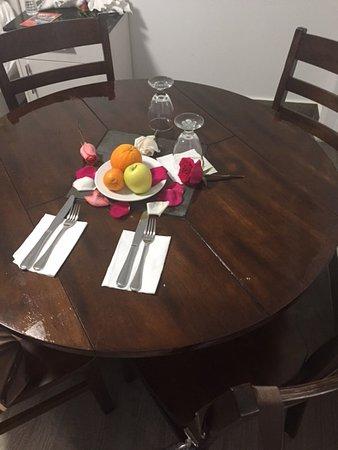 Casa Pellegrino Boutique Hotel Santorini Bedroom 1 Dining Table For 4