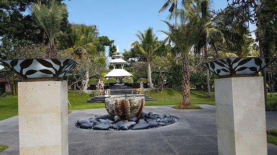 Segara Village Hotel: 20160803_100930_large.jpg