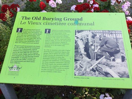 Old Burying Ground: Information signage