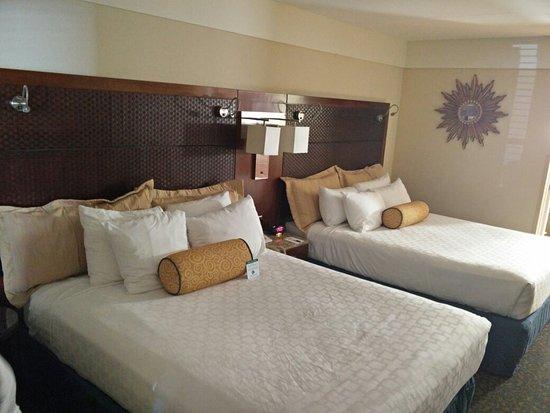 Best Western Chula Vista/Otay Valley Hotel: IMG_20160804_141755_large.jpg