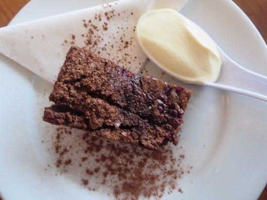 Meeniyan, Австралия: Chocolate brownie (yum!)