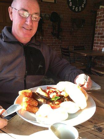 Timaru, Новая Зеландия: Bacon and ages big breakfast