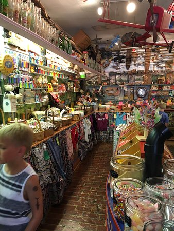 Simply Irresistible Old Fashioned Candy: Our wonderful trip to Branson!