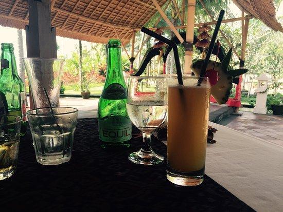 The Ubud Village Resort & Spa: Great food, friendly service, serene surroundings!