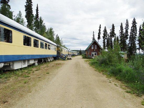 The Aurora Express: The Train cars