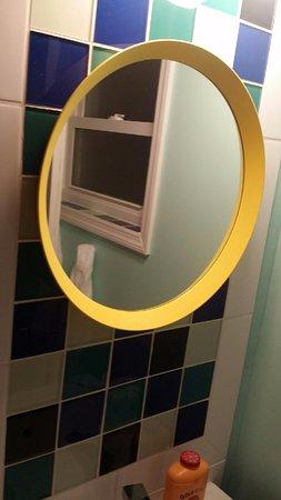 Wildwood Crest, NJ: bathroom mirro