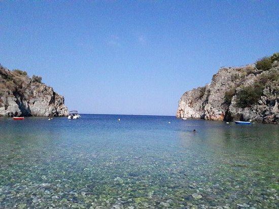 Alypa Beach