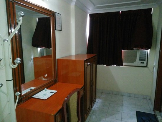 Hotel Sarita: IMG_20160601_083255_large.jpg