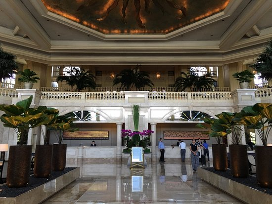 The Peninsula Manila Photo
