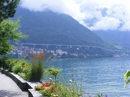 Territet, Sveits: Lake Geneva