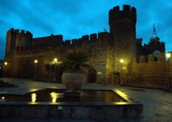 Черветери, Италия: Museo di sera