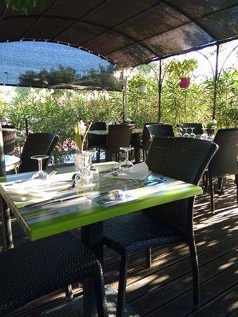 La Bastidonne, France: la terrasse
