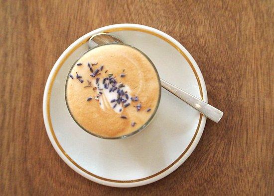 Hosana Café: Awesome coffee!!!