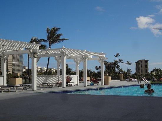 Hawaiian Monarch Hotel Photo