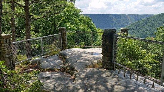 Jakes Rock Overlook