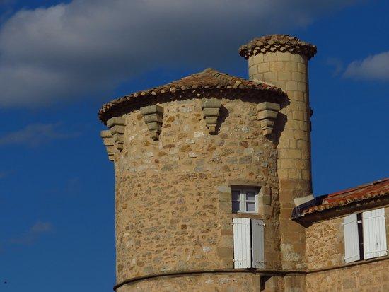 Jonquieres, France : La torre